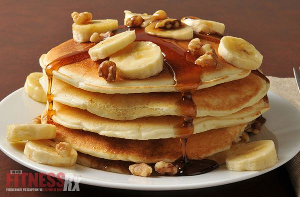 BANANA NUT PROTEIN PANCAKES - Fuel For Your Morning Workout!
